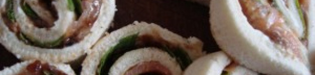 Rotolini salmone e rucola con gelatina di balsamico