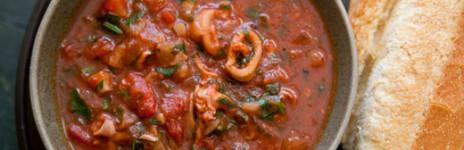 Calamari Stewed with Peeled Tomatoes