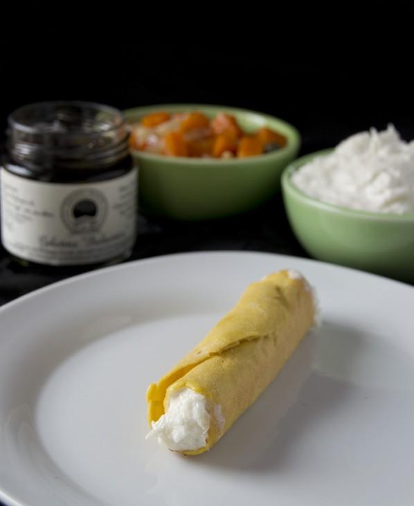 Cannoli di ceci, baccalà mantecato, caponata di zucca e gelatina di aceto balsamico prunotto 1