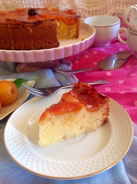 Torta rovesciata alle albicocche prunotto